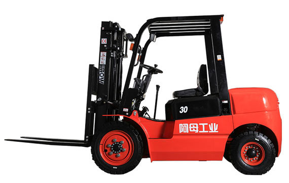 3.0-3.5吨T3国产发动机内燃叉车(排放标准国3)